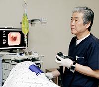 Treating reflux esophagitis using an endoscope Stretta Procedure